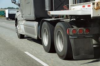 Como aumentar a vida útil dos pneus da sua frota?